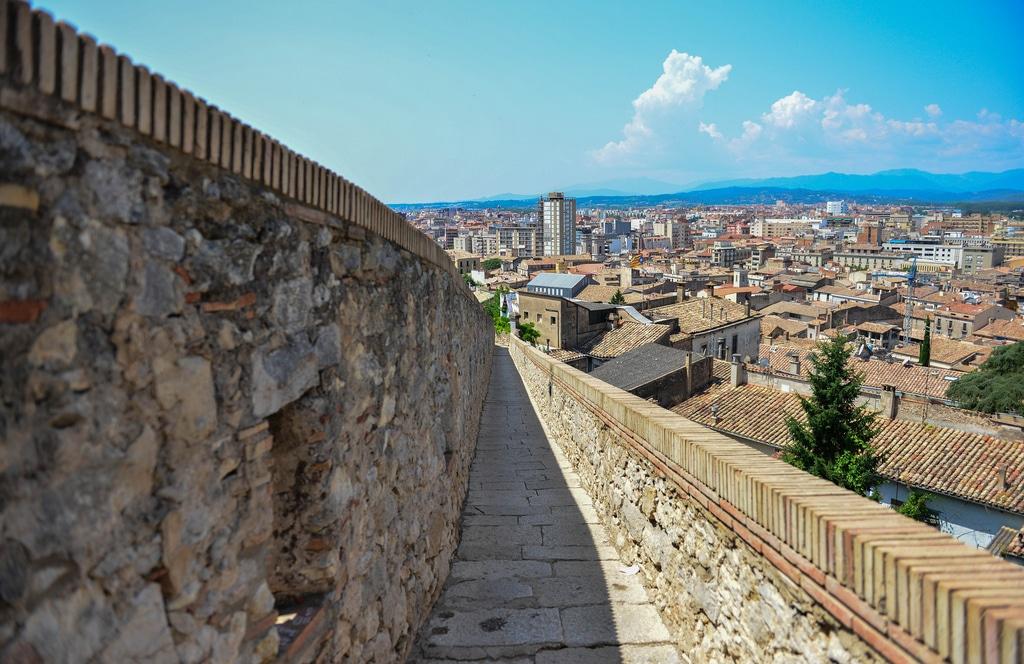 El muro de Girona